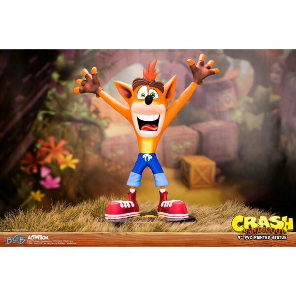 Firt 4 Figures Crash Bandicoot 1